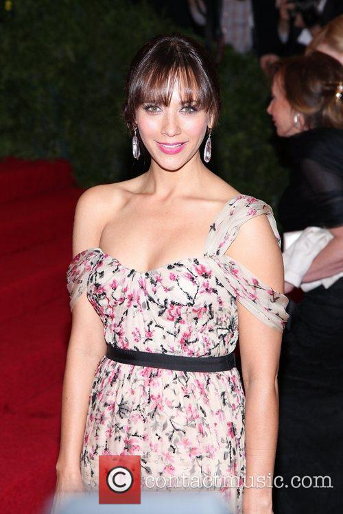 Rashida Jones and Metropolitan Museum Of Art 2