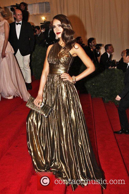 Jessica Alba and Metropolitan Museum Of Art 7