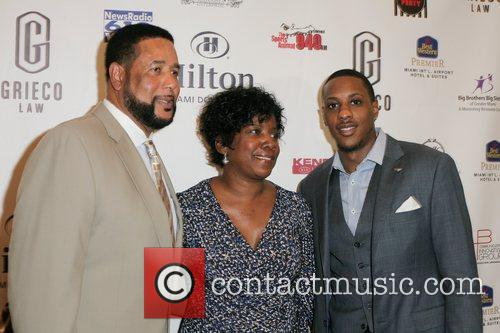 Ronnie Chalmers, Mario Chalmers and Almarie Chalmers 2