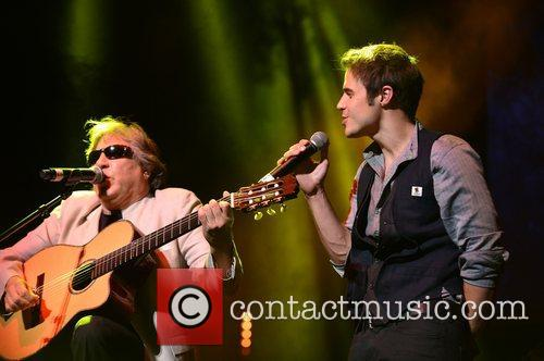 Jose Feliciano and Kris Allen 2