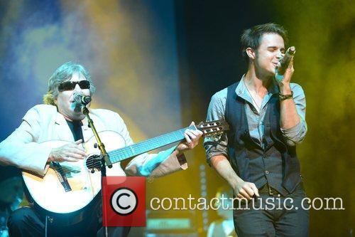 Jose Feliciano and Kris Allen 4