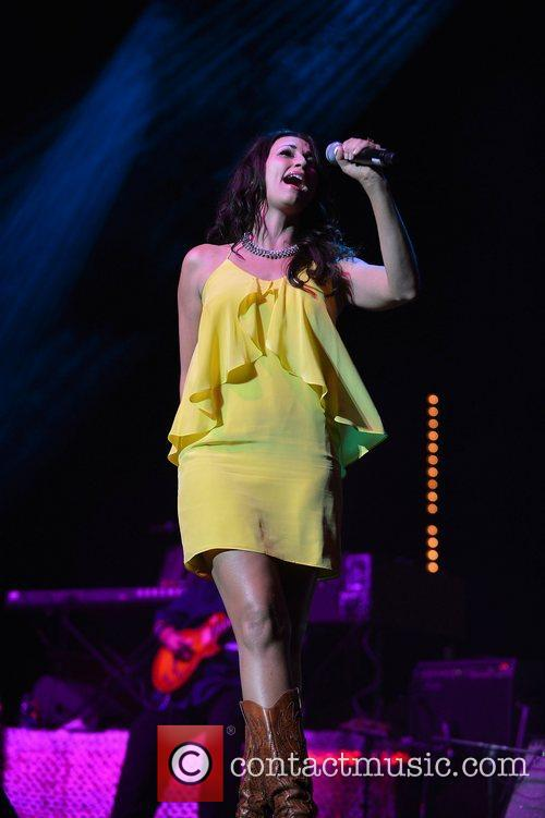Danielle Peck, Miami Rocks Our Troops and Bank United Center 1