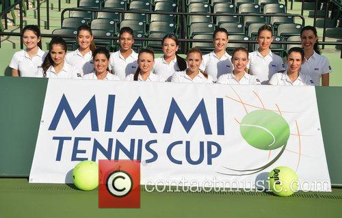 the ball girls of the miami tennis 4179708