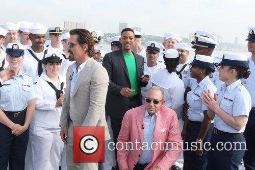 Will Smith, Barry Sonnenfeld and Josh Brolin 10