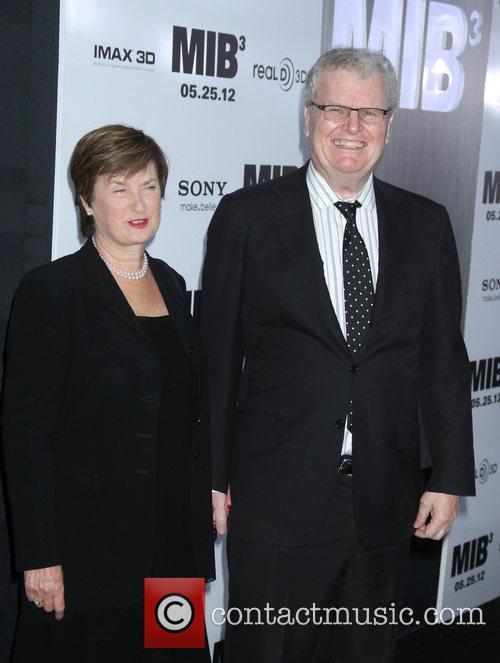 Howard Stringer, Jennifer A. K. Patterson 'Men in...