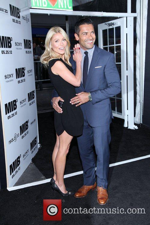 Kelly Ripa and Mark Consuelos  'Men in...