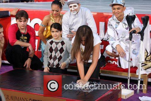 Prince Michael Jackson and Paris Jackson 7