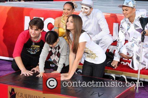 Prince Michael Jackson and Paris Jackson 1