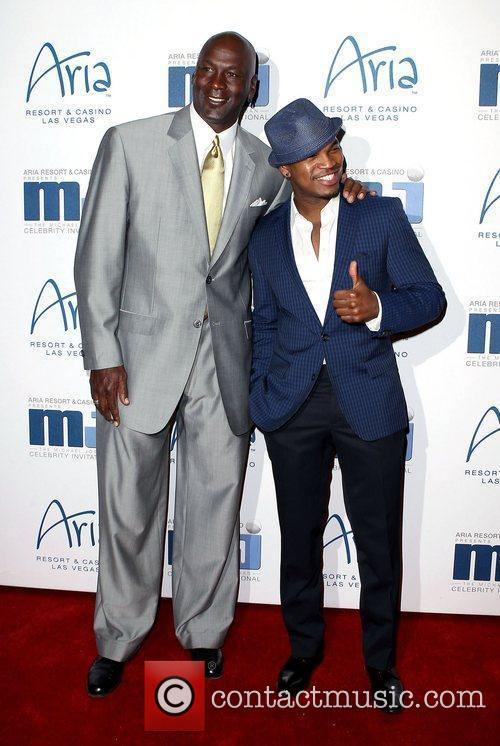 Michael Jordan and Ne-yo 4