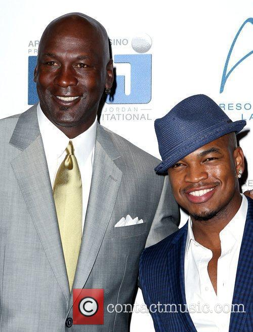 Michael Jordan and Ne-yo 5