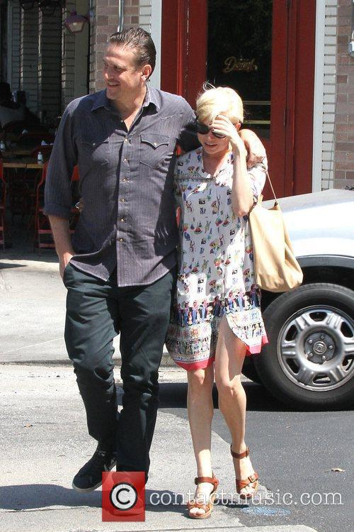 Jason Segel and Michelle Williams 3