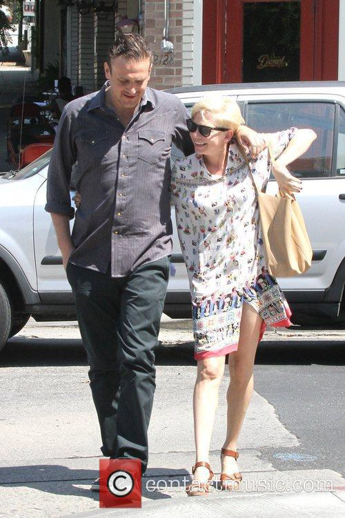 Jason Segel and Michelle Williams 4