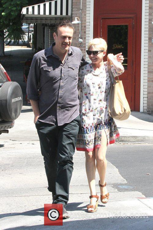 Jason Segel and Michelle Williams 6