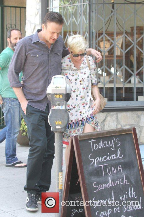 Jason Segel and Michelle Williams 1