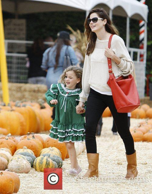 Michelle Monaghan and Willow 5