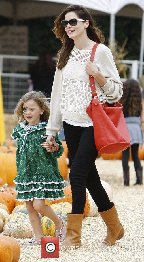 Michelle Monaghan and Willow 8