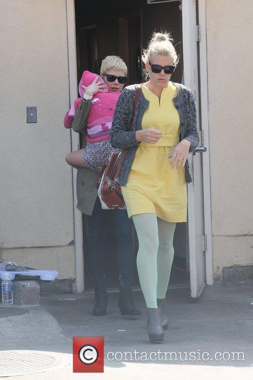 Michelle Williams and Busy Philipps 3
