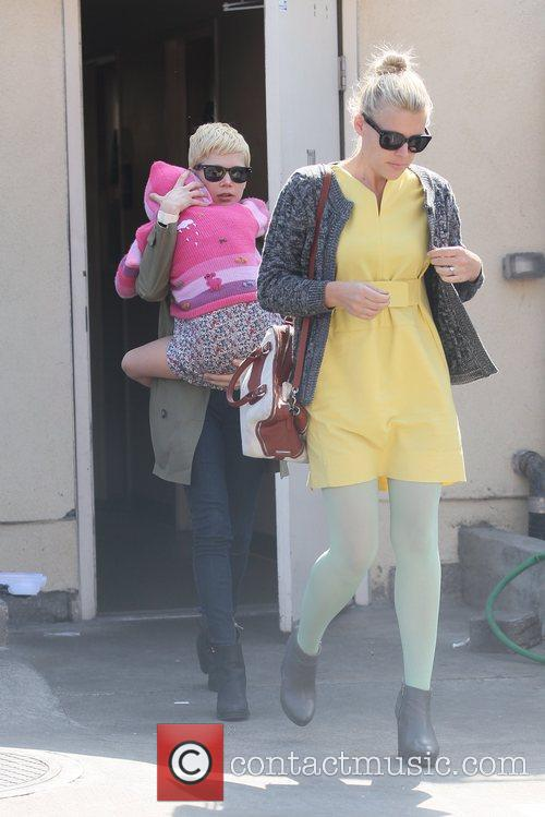 Michelle Williams and Busy Philipps 4