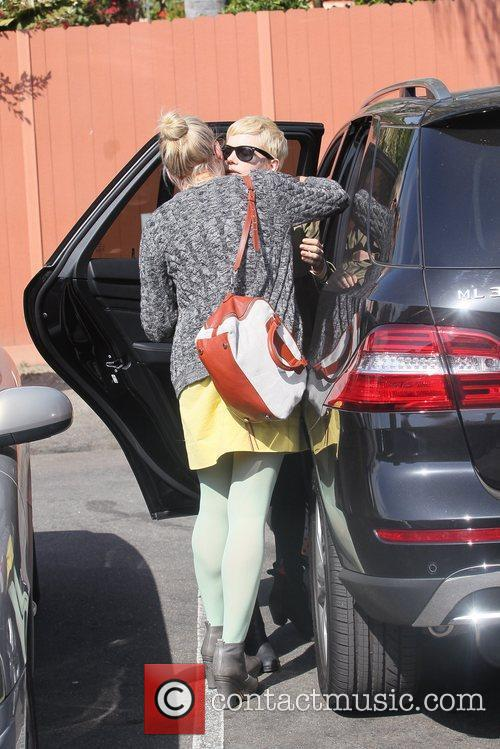 Michelle Williams and Busy Philipps 10