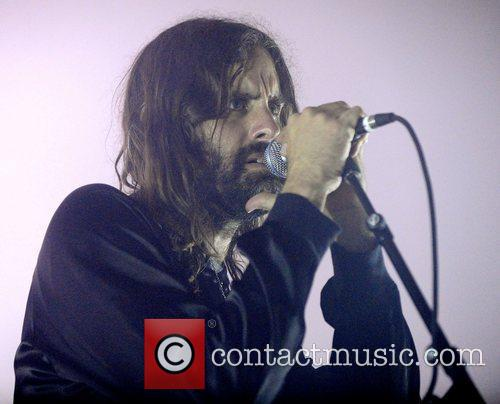 andrew wyatt miike snow performing at the 3857272
