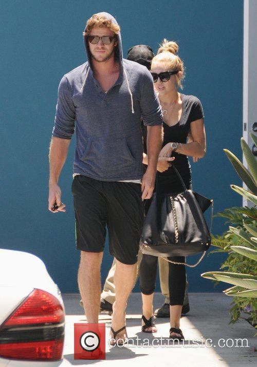 Miley Cyrus and Liam Hemsworth 15