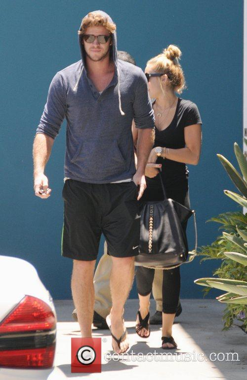 Miley Cyrus and Liam Hemsworth 16