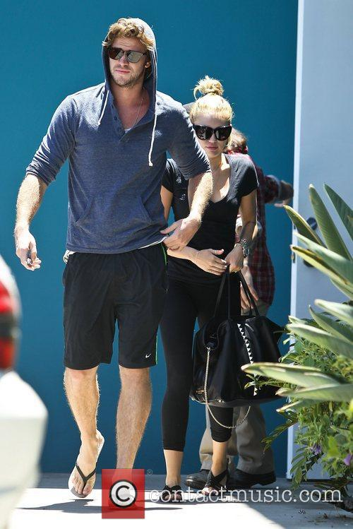 Miley Cyrus and Liam Hemsworth 27