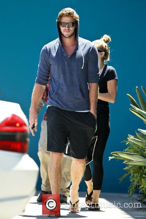 Miley Cyrus and Liam Hemsworth 29