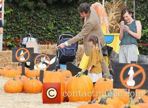 Milla Jovovich, Paul W.S. Anderson, Ever Gabo Anderson and Mr. Bones Pumpkin Patch 2