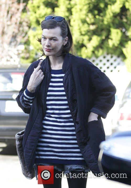 Milla Jovovich, Thanksgiving and Bristol Farms 6