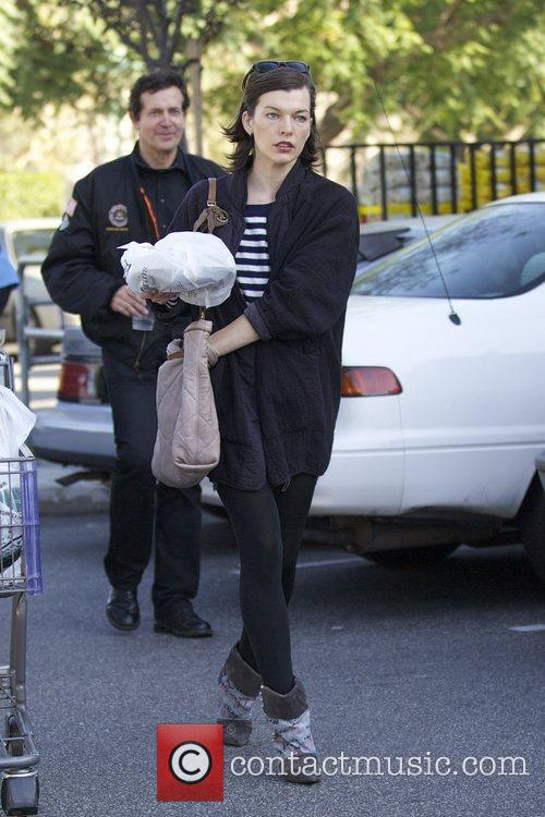 Milla Jovovich, Thanksgiving and Bristol Farms 2