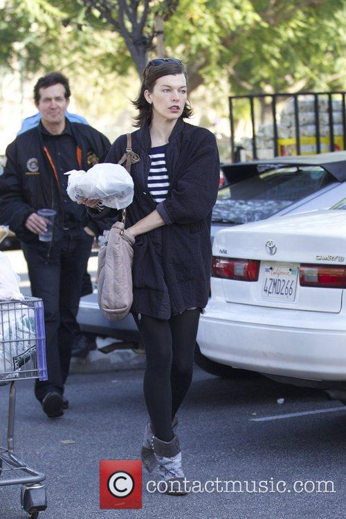 Milla Jovovich, Thanksgiving and Bristol Farms 8