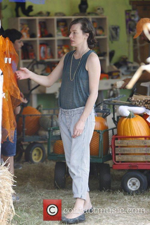 Milla Jovovich and Mr. Bones Pumpkin Patch 9