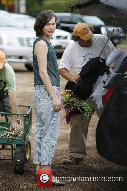 Milla Jovovich and Mr. Bones Pumpkin Patch 12