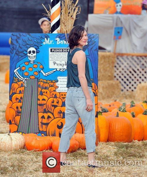 Milla Jovovich and Mr. Bones Pumpkin Patch 16