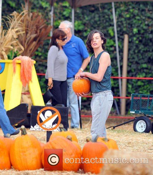 Milla Jovovich and Mr. Bones Pumpkin Patch 18