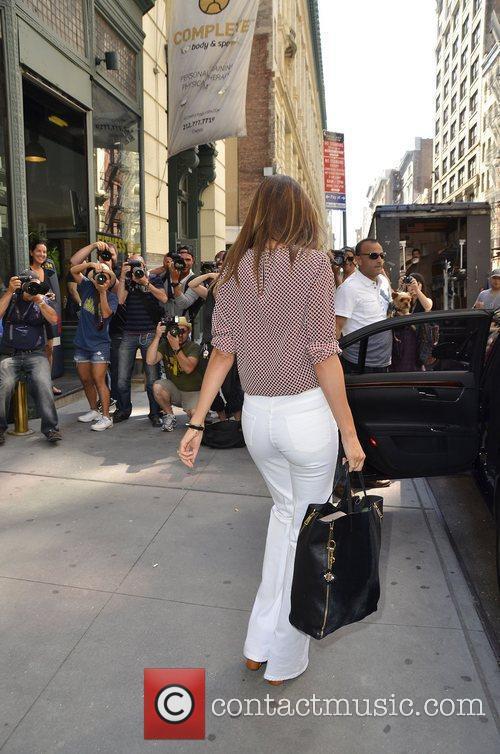 miranda kerr leaves her apartment wearing white 3966950