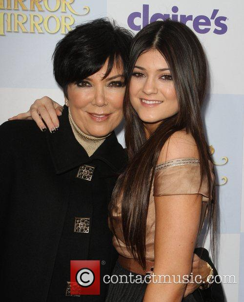 Kris Jenner, Kylie Jenner and Grauman's Chinese Theatre 1