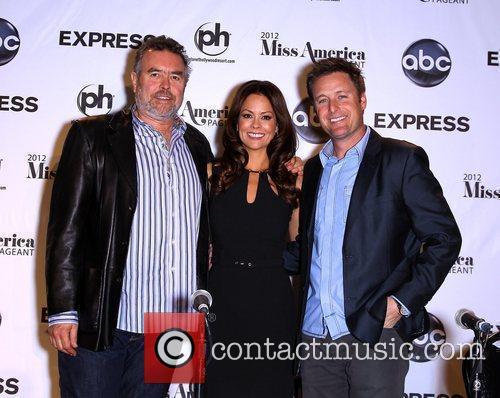 Tony Eaton, Brooke Burke-Charvet, Chris Harrison 2012 Miss...