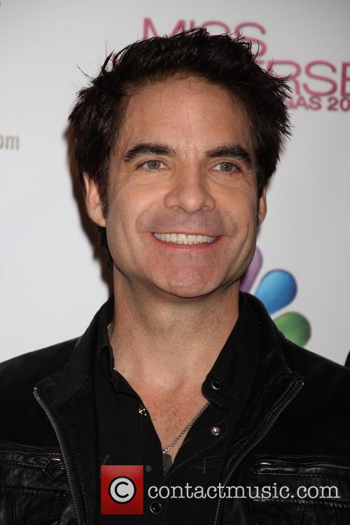 Pat Monahan, Train and Planet Hollywood 2