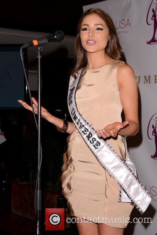 Miss Universe Olivia Culpo 3