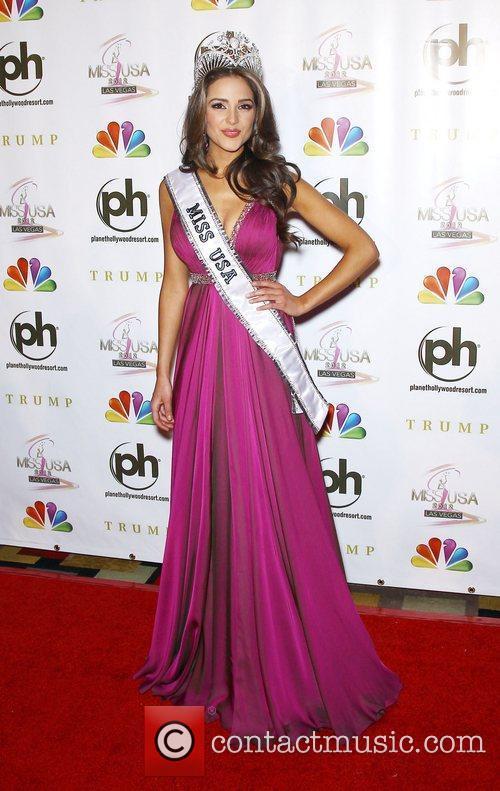 2012 Miss USA Olivia Culpo Press conference to...