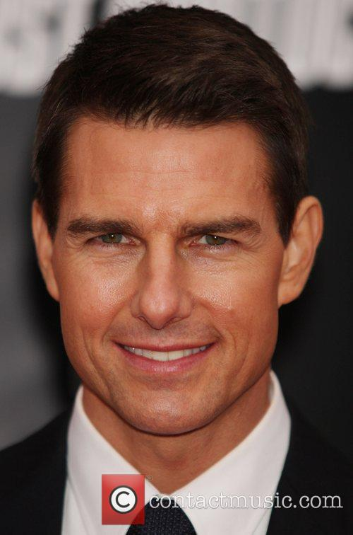 Tom Cruise and Ziegfeld Theatre 23