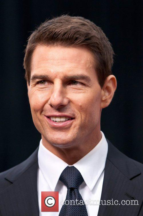 Tom Cruise and Ziegfeld Theatre 25
