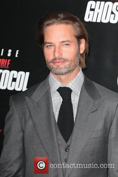 Josh Holloway and Ziegfeld Theatre 2