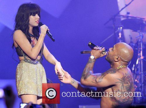 Carly Rae Jepsen and Flo Rida 3