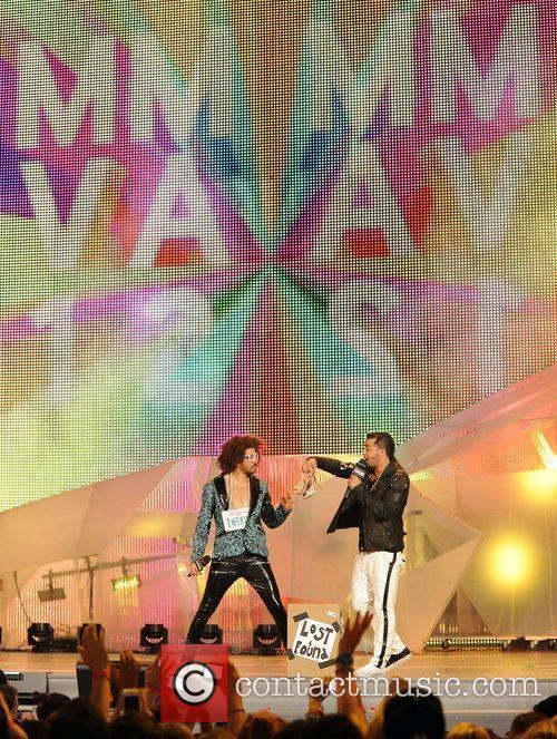 Redfoo and SkyBlu of LMFAO MMVA 2012 (Much...