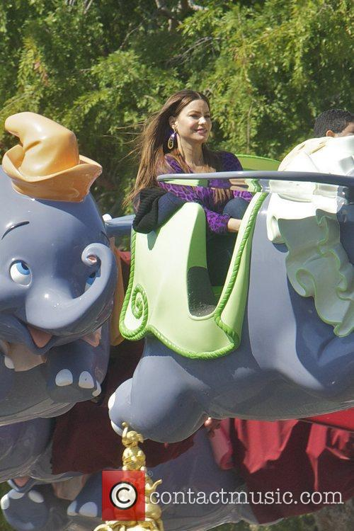 Sofia Vergara, Rico Rodriguez and Disneyland 4