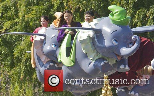 Sofia Vergara, Rico Rodriguez and Disneyland 5