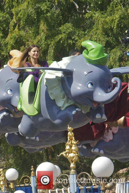 Sofia Vergara and Disneyland 10